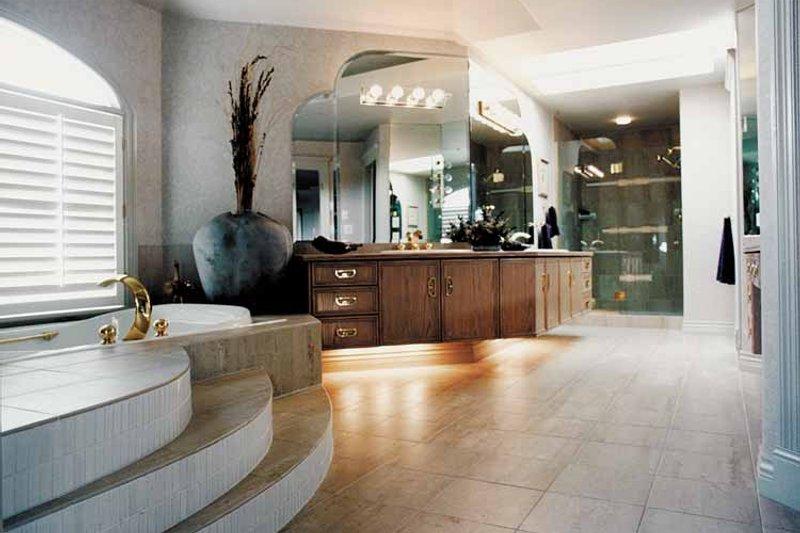 Mediterranean Interior - Bathroom Plan #47-875 - Houseplans.com