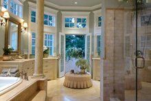 Craftsman Interior - Master Bathroom Plan #132-353