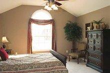 Traditional Interior - Master Bedroom Plan #46-560