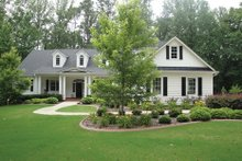 Colonial Exterior - Front Elevation Plan #927-815