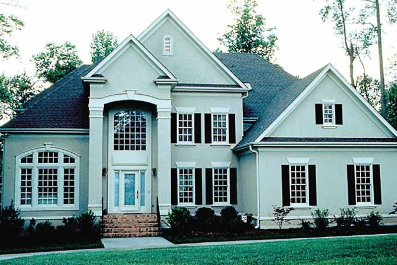 Architectural House Design - Traditional Exterior - Front Elevation Plan #453-415