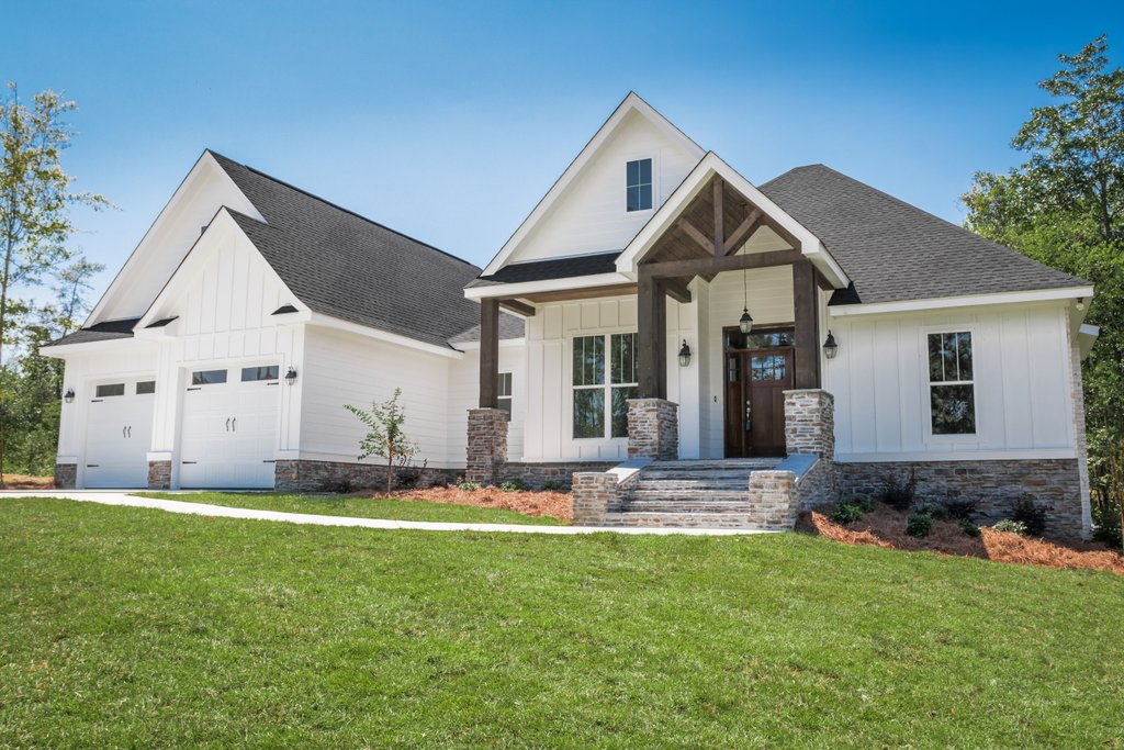Craftsman Style House Plan 3 Beds 2 Baths 2073 Sq Ft Plan 430 157 Dreamhomesource Com