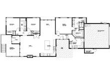 Modern Floor Plan - Main Floor Plan Plan #895-110