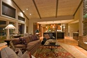 Craftsman Style House Plan - 3 Beds 3.5 Baths 4090 Sq/Ft Plan #124-753 Interior - Family Room