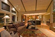 Craftsman Interior - Family Room Plan #124-753