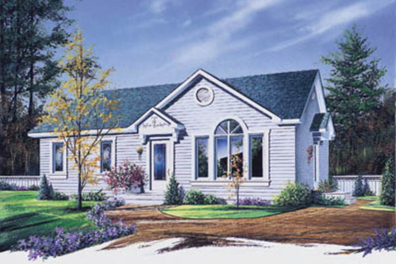Traditional Exterior - Front Elevation Plan #23-179 - Houseplans.com