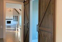 Hallway/Craft Room