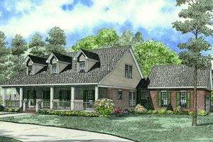 Farmhouse Exterior - Front Elevation Plan #17-2284