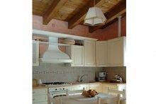 Contemporary Interior - Kitchen Plan #542-12