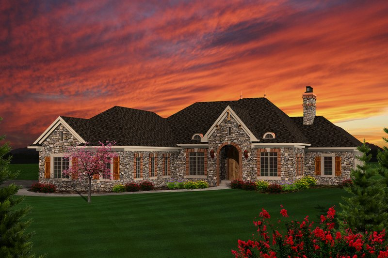 Ranch Style House Plan - 3 Beds 3.5 Baths 3164 Sq/Ft Plan #70-1126 Exterior - Front Elevation