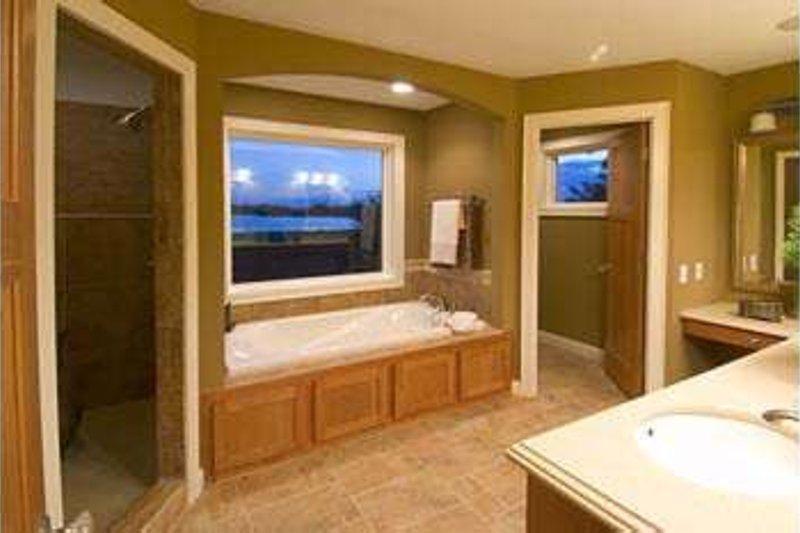 Country Interior - Master Bathroom Plan #51-198 - Houseplans.com