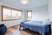 Craftsman Style House Plan - 2 Beds 2.5 Baths 2050 Sq/Ft Plan #890-12 Interior - Master Bedroom
