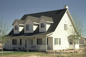 Farmhouse Exterior - Front Elevation Plan #1-377