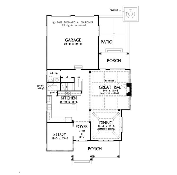 Traditional Floor Plan - Main Floor Plan Plan #929-1073