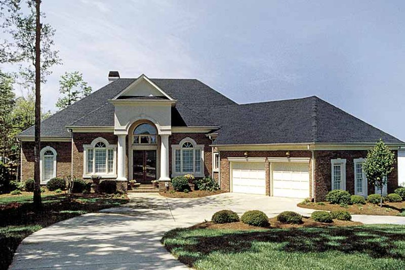 Dream House Plan - Colonial Exterior - Front Elevation Plan #453-563