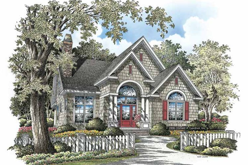 Traditional Exterior - Front Elevation Plan #929-836 - Houseplans.com