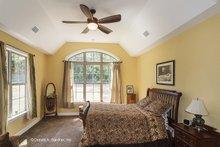 Traditional Interior - Master Bedroom Plan #929-911