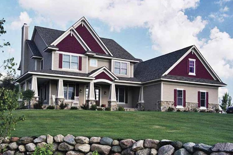 Traditional Exterior - Front Elevation Plan #51-661 - Houseplans.com
