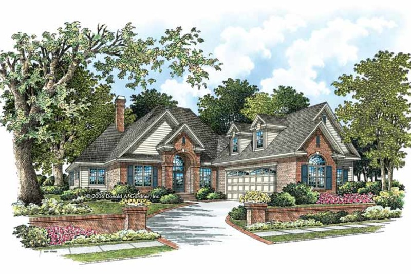 Traditional Exterior - Front Elevation Plan #929-788 - Houseplans.com
