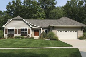 Craftsman Exterior - Front Elevation Plan #928-125
