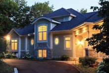 Craftsman Exterior - Front Elevation Plan #928-175