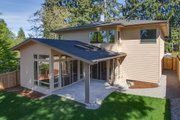 Modern Style House Plan - 4 Beds 3 Baths 3105 Sq/Ft Plan #132-225 Exterior - Other Elevation