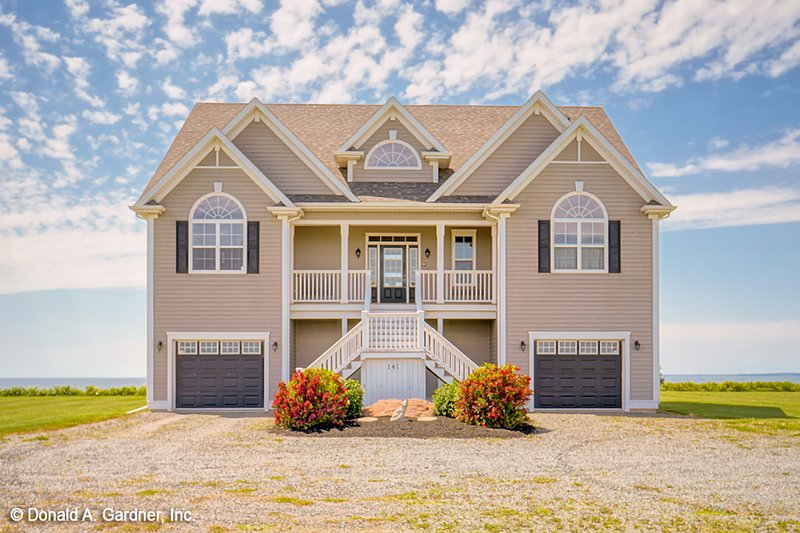 Home Plan - Country Exterior - Front Elevation Plan #929-529