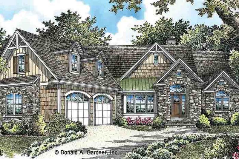 Craftsman Exterior - Front Elevation Plan #929-973 - Houseplans.com