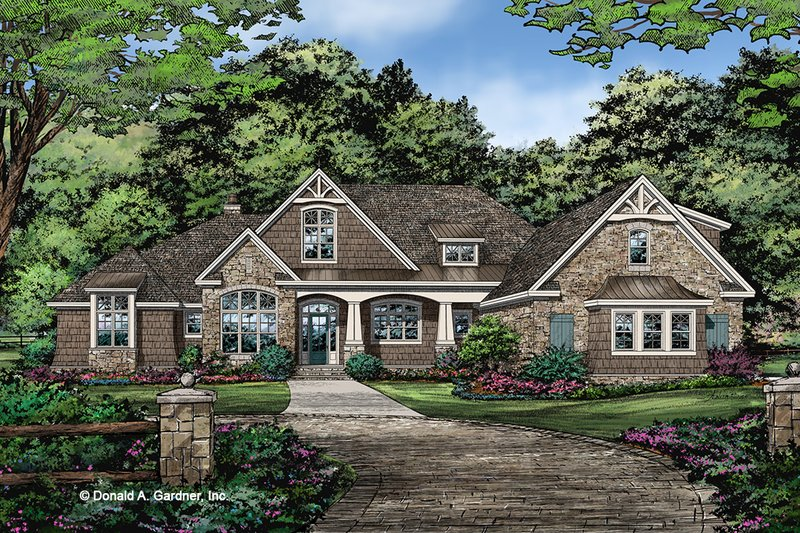 Ranch Style House Plan - 5 Beds 4 Baths 2974 Sq/Ft Plan #929-1050 Exterior - Front Elevation
