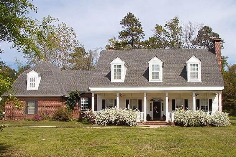 Country Exterior - Front Elevation Plan #137-151 - Houseplans.com