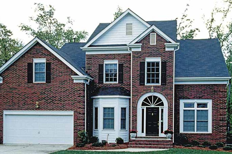 Colonial Exterior - Front Elevation Plan #453-478