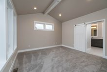 Craftsman Interior - Master Bedroom Plan #895-82