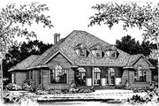 Colonial Style House Plan - 5 Beds 4 Baths 3509 Sq/Ft Plan #15-221 Exterior - Front Elevation