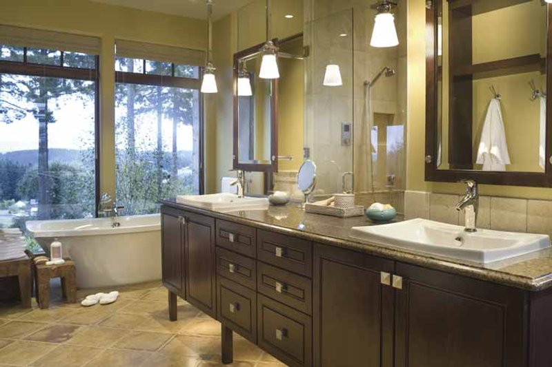 European Interior - Bathroom Plan #48-878 - Houseplans.com