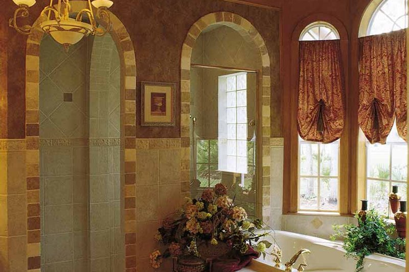 Mediterranean Interior - Bathroom Plan #417-662 - Houseplans.com