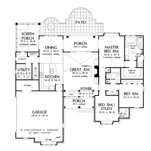 Dream House Plan - Traditional Floor Plan - Main Floor Plan #929-924