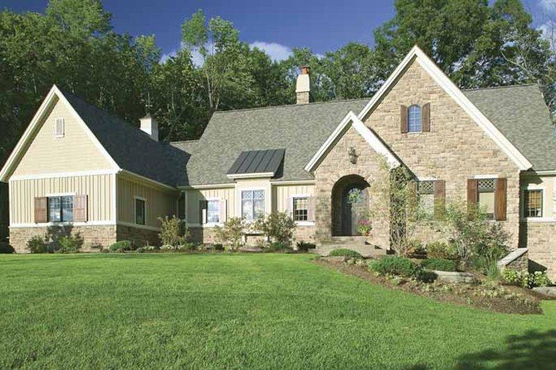 Architectural House Design - European Exterior - Front Elevation Plan #928-40
