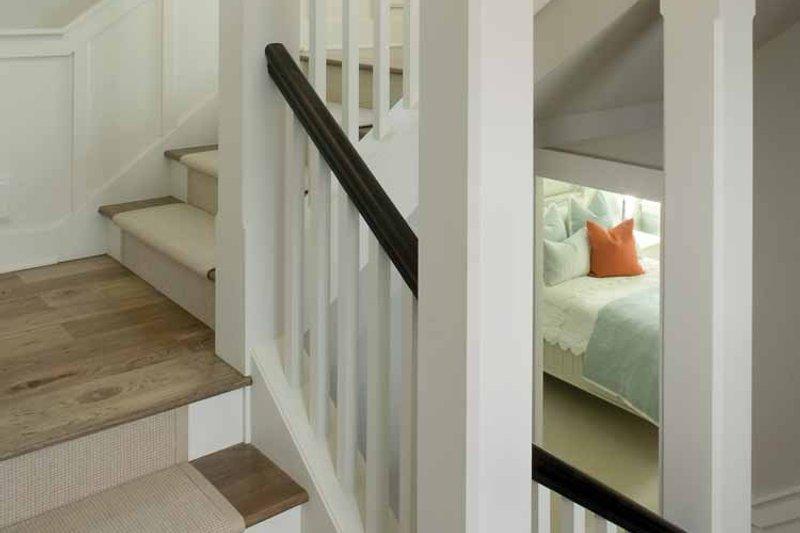 Traditional Interior - Entry Plan #928-23 - Houseplans.com