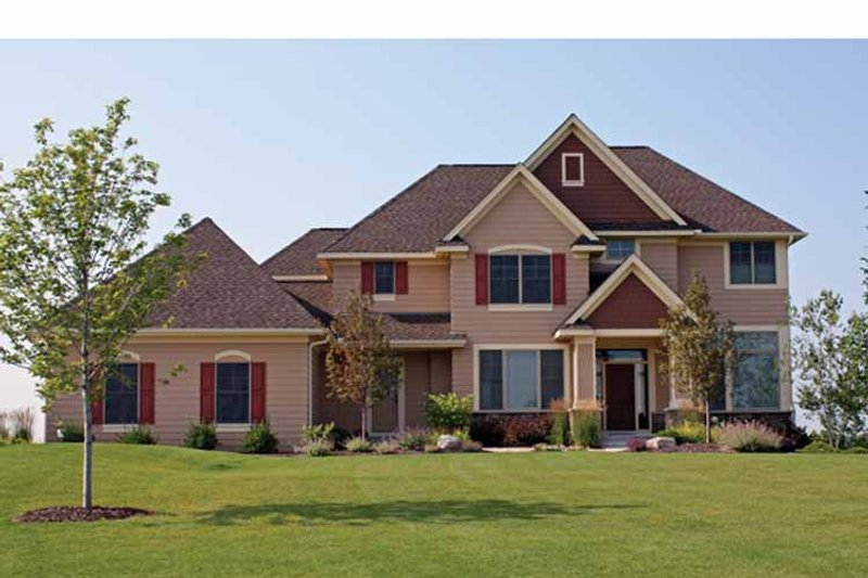 Traditional Exterior - Front Elevation Plan #51-1064 - Houseplans.com