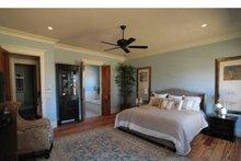 Craftsman Interior - Master Bedroom Plan #37-279