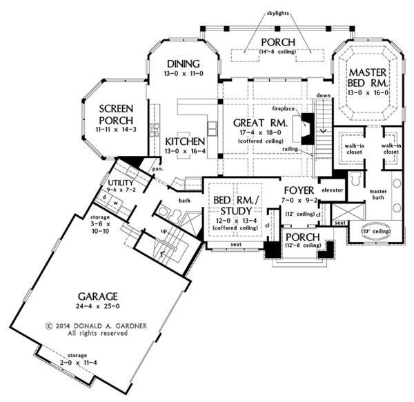 Traditional Floor Plan - Main Floor Plan Plan #929-980