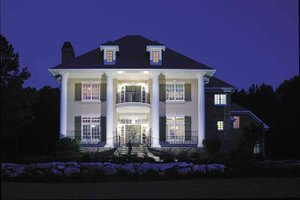 Colonial Exterior - Front Elevation Plan #930-220