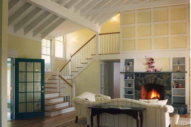 Country Interior - Family Room Plan #961-1 - Houseplans.com