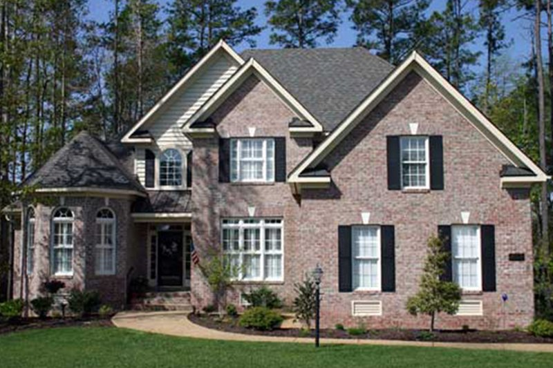 Colonial Exterior - Front Elevation Plan #927-586 - Houseplans.com