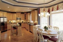Colonial Interior - Kitchen Plan #927-174