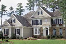 Colonial Exterior - Front Elevation Plan #429-69