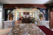 Craftsman Interior - Entry Plan #928-32