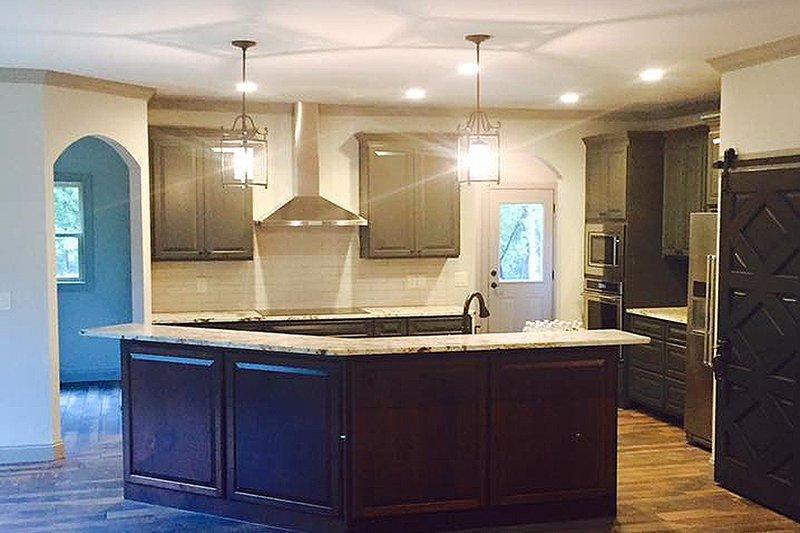 Craftsman Interior - Kitchen Plan #437-75 - Houseplans.com