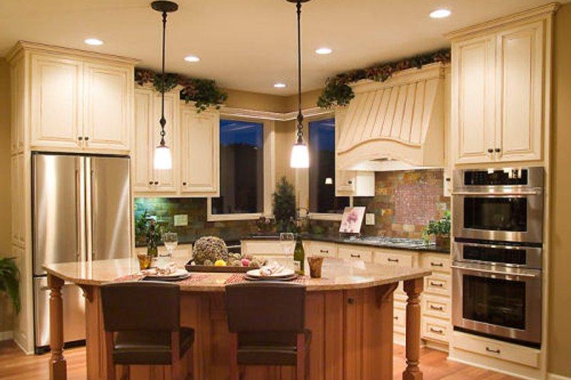 Craftsman Interior - Kitchen Plan #56-588 - Houseplans.com