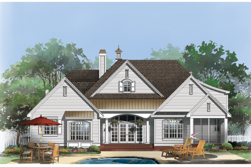 Traditional Exterior - Rear Elevation Plan #929-924 - Houseplans.com
